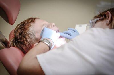 penyebab gigi goyang